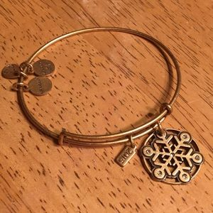 3 for $15 👚Alex and Ani Bracelet